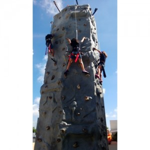 rock-climbing-wall-rental-chicago