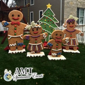 amj-spectactular-630-833-4386_ginger-bread-family-w-christmas-treee