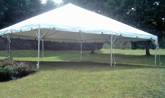 Rent 30x50 ft frame tent in chicago il frame tent rental for Fenetre 30 x 30