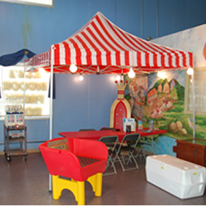 10x10 ft Red u0026 White Pop-Up Tent Rental & Rent 10x10 ft Red u0026 White Pop-Up Tent in Chicago IL | Tent Rental